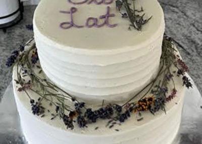 wedding cake w dried lavender2 5x5